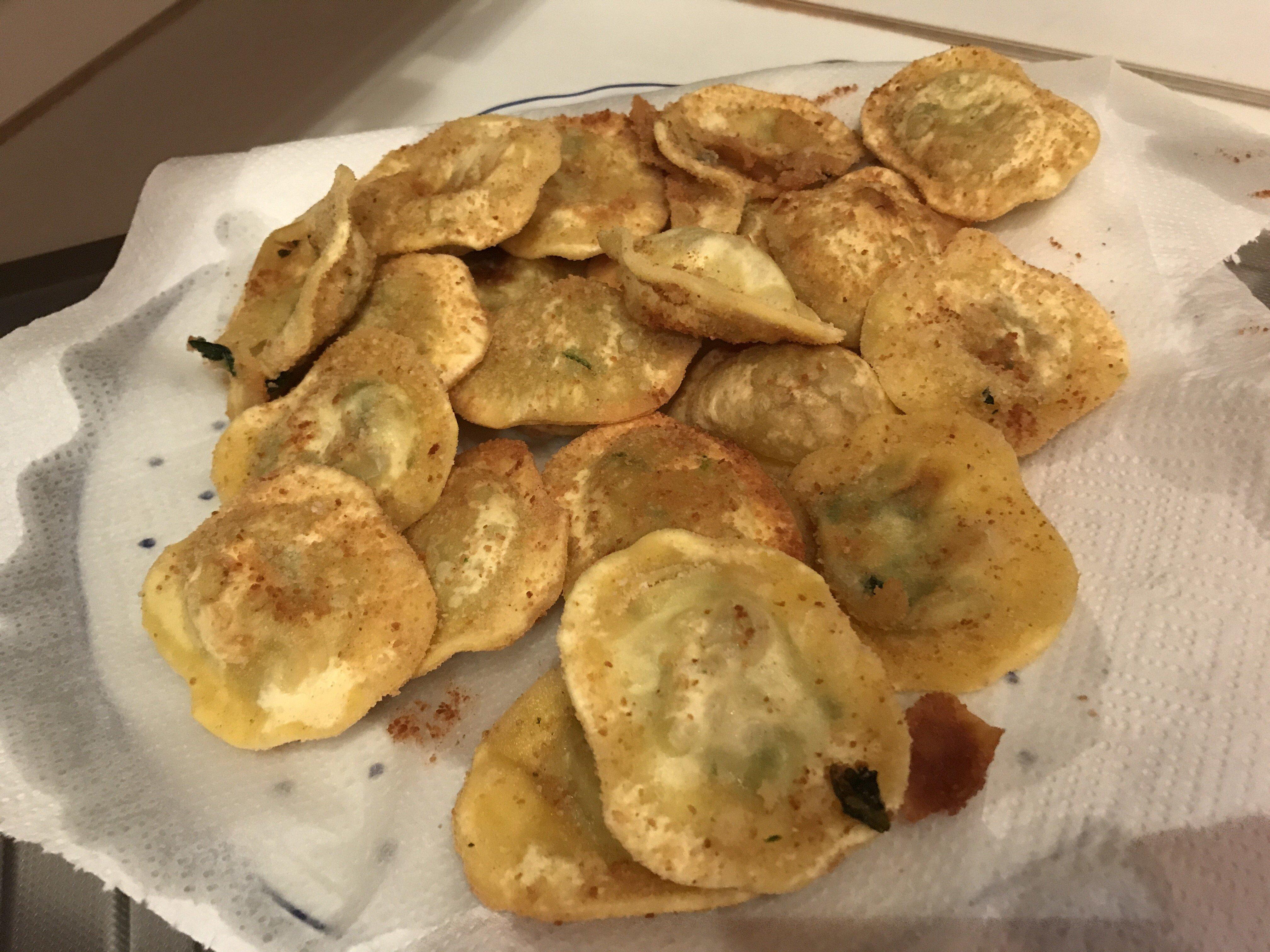 ravioli fritti